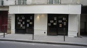 パリ初の猫カフェ。まだ開店準備中。http://www.lecafedeschats.fr/